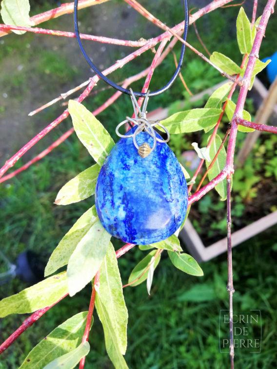 ecrin de pierre pendentif lapis lazuli
